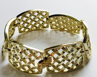 Vintage Sarah Coventry, Sarah Coventry Jewelry, Coventry Bracelet, Sarah Coventry Bracelet, Coventry Gold Tone Bracelet, Basket Weave Design