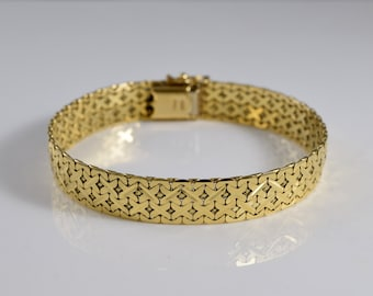 Vintage 14K Yellow Gold Flexible Clasping Bangle Bracelet