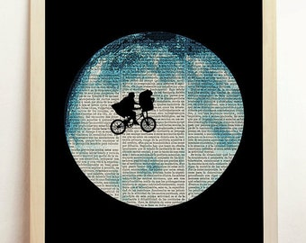E.T. The Extra Terrestrial Movie ET Ufo Sci OVNI Poster Print Steven Spielberg Art Upcycled Decor Book Dictionary Men Gift