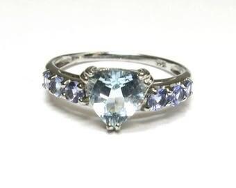 aquamarine ring with lavender color tanzanite inwhite gold 10k