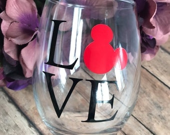 disney love || wine glass