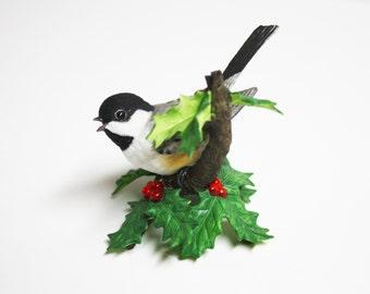Lenox Black-Capped Chickadee Female Porcelain, Lenox Garden Birds, Female Black-Capped Chickadee Figurine, Chickadee Porcelain Figurines