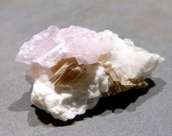Rose Quartz Crystal Cluster, Glimmer, natürliche, raue, top Farbe, metaphysischen, Liebe, Harmonie, Geschenk, Sammlerstück, Probe