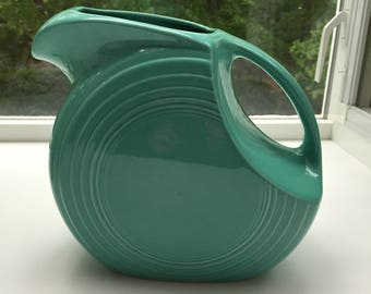 Turqouise Fiestaware 64 Ounce Disc Pitcher-Excellent Condition
