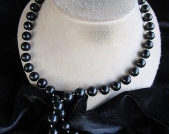 Vintage Goldtone & Black Beaded Necklace
