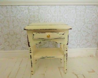 doll house furniture, miniature furniture, 12th scale furniture, miniatures