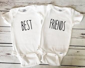 Twin Onesies, Twin Bodysuits, Best Friends Onesies, Best Friends Bodysuits, Gift For Twins, Set of 2 Bodysuits, Baby Shower Gift, Onesie Set