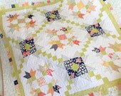 PAPER Pattern: Purely Petals (Charm Pack Quilt)