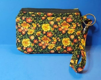 Small Wristlet with zipper closure