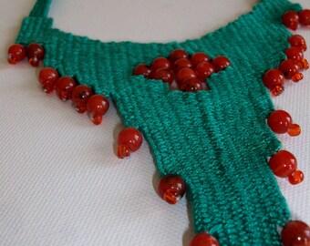 Smaragdi kilimaki- woven jewelry