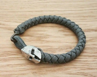 The Spartan - Custom Braided Paracord Bracelet - PGUK - Spartan Helmet Bead - 77 Colours - Mens Bracelet - EDC - Wristwear - Gift