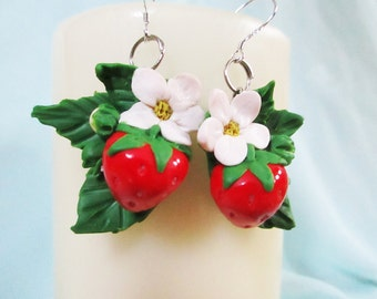 Strawberries earrings  Strawberry jewelry Fruits earrings Bouquet earrings Gift for her Unique gift Fruit jewelry polymer clay earrings