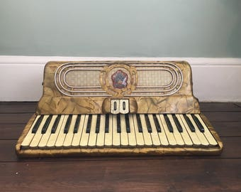 Vintage Fontanella Piano Accordion