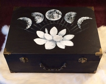 Moon Phase vintage-style box ~ LARGE