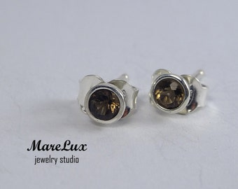 Earth Mined Smoky Quartz Studs, Silver or Gold, 3mm  Smokey Quartz Earrings, Natural  Smoky Quartz Earrings, Smoky Quartz Stud Earrings