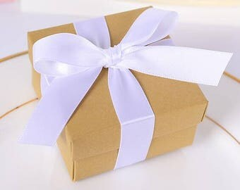 100pcs of Small Wedding Cake Box, Wedding Favors, Mr. and Mrs., Event Favors, Party Favors, Favor Boxes, Donut Favor Box, Doughnut Box