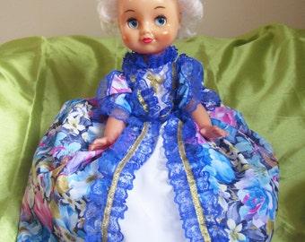 Tea pot warmer Doll, tea pot Alice in Wonderland, OOAK doll tea cosy warmer, Mothers Day gift, warmer on kettle doll Alice in Wonderland