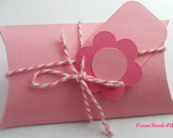 6 Light Pink Pillow Boxes + Gift Tags