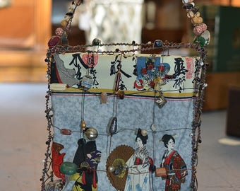 """One-of-a-Kind Handmade Bead and Wire Reversable Purse """"On Cue"""""""