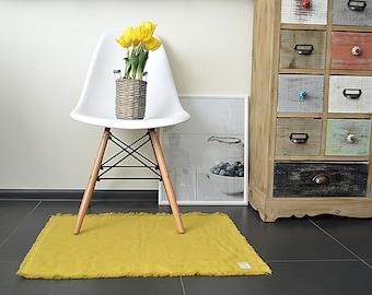 Thick Linen mustard rug - Double-layered feet mat - Natural linen bed rug - Bed \ bath linen rug - Fringed thick linen rug