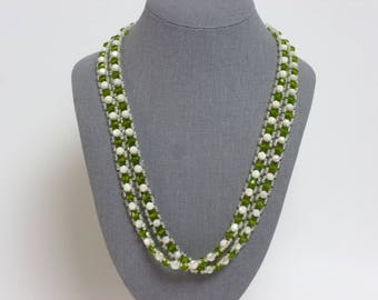 Vintage Green and White Plastic Necklace 24""