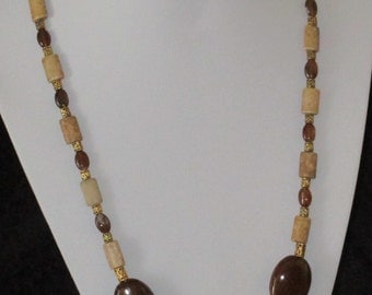 Brown and beige chunky  necklace