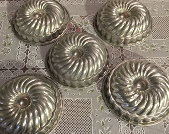 Vintage spiral alluminum jellow milds set of 5