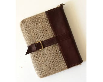 voyage kindle cover gifts for him, men handmade accessories, leather ebook cover in jute, brown case, kindle leather case