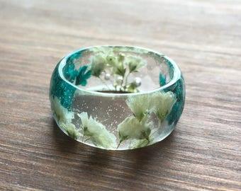 Real flower ring-gypsophila ring-terrarium jewellery-real flower jewellery-resin ring-resin rings-gift-gift for her