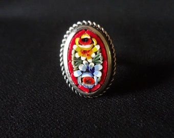 Millefiori Ring Vintage Adjustable Silver-tone Metal with Red, Blue, Yellow and Green Glass Beads