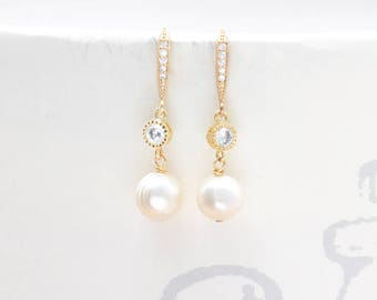 Pearl Bridal Earrings Wedding Jewelry Bride Earrings Swarovski Pearls Bridesmaid Earrings Pearl Wedding Earrings Zirconia CZ Bridal Jewelry