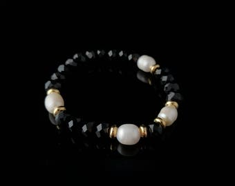 Black crystals and pearl bracelet