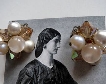 Ohrclips-vintage clip earrings, jewelry from Grandma, glass beads and artificial pearls by hand strung earrings, clips, Vintagezustand, 60s