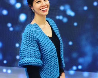 Bolero oversize knitted woollen hand in garter