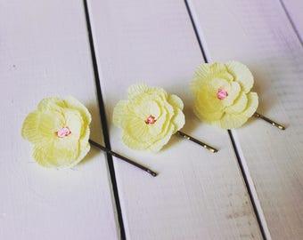 3 PCS, little high quality Crepe Paper Wedding Magnolia Hairflowers