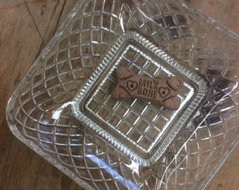 Glass Textured Candy Dish