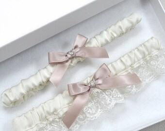 Wedding Garter Set, Bridal Garter, Ivory Garter, Ivory Garter Set, Wedding Garter, Blush Garter, Plus Size Garter, Vintage Garter, Garters