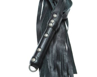 Mid-weight Cow Hide Flogger