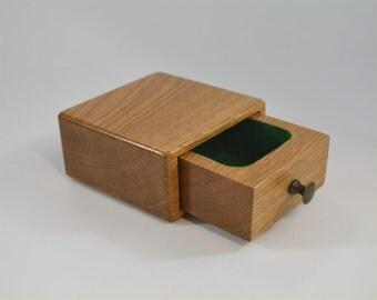 Tiny Oak Box