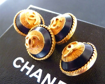 """CHANEL Buttons, Vintage Auth Very Rare, Black Gold, Sunburst CC, Size 0,7""""  1,7 cm, Stamped, Chanel Earrings, Price for 1, Only 1 left !"""