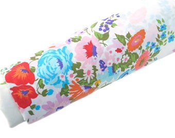 Vintage Vibrant Floral Twin Sheet, Vintage Twin Flat Bed Sheet, Multicolor Spring Floral Print, Excellent Condition