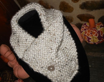 Handmade knit cowl, very soft and comfy (SALE)