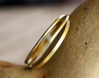 Brass bangles/ Textured Brass bangles/ Hammered Brass bangles/ Handmade bangles/Brass wire bangles/Set of 3/ Stacking bracelets