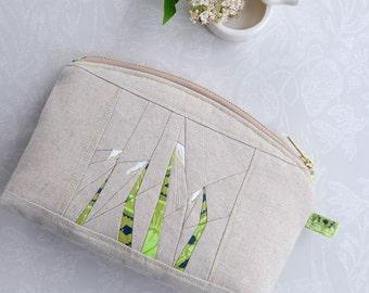 Clutch Bag.  Linen Bag. Japanese Style. Origami Style. Snowdrops.  Wedding Clutch. Patchwork Purse. Stylish. Small Clutch. Clutch Bag Purse