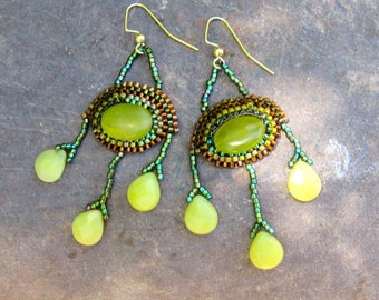 "Eycatching ""New Jade"" Earrings"