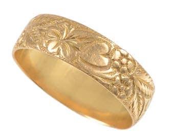 18KT Gold Antique Engraved Band