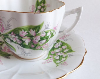 Vintage tea cup - Tea cup Clarence bone China - Cup and saucer old - English tea cup - Teacup made in England