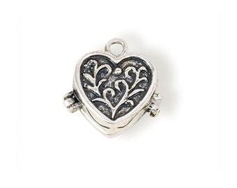 Heart Prayer Box Pendant (STEAM121)