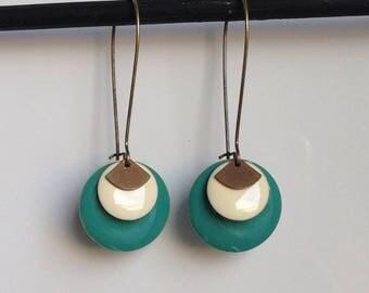 Sequin round enamel - large Stud Earrings - green - beige earrings
