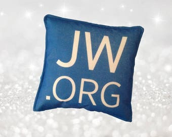 JW.ORG Pillow available in 4 different colours 5 x 5 inches (13 x 13 cm) Perfect for in the office or workplace! - Art.nr. 1714